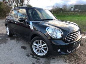 Mini Countryman 1.6 Cooper (Pepper) ALL4 5dr (17in Alloys! Sports Seats! ++) Hatchback Diesel Absolute Black Metallic at Williams Group Ltd Maidstone