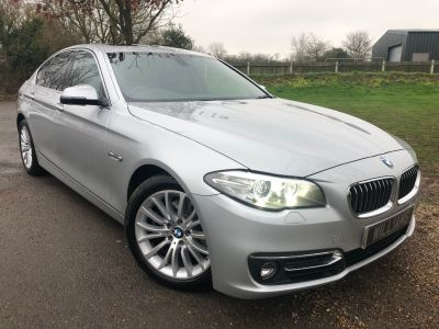 BMW 5 Series 2.0 520d Luxury 4dr Step Auto (Sunroof! Harman Kardon! +++) Saloon Diesel Glacier Silver MetallicBMW 5 Series 2.0 520d Luxury 4dr Step Auto (Sunroof! Harman Kardon! +++) Saloon Diesel Glacier Silver Metallic at Williams Group Maidstone