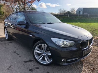 BMW 5 Series 3.0 535i SE 5dr Step Auto (20in Alloys! Pro Nav! Xenons! +) Hatchback Petrol Sophisto Grey XirallicBMW 5 Series 3.0 535i SE 5dr Step Auto (20in Alloys! Pro Nav! Xenons! +) Hatchback Petrol Sophisto Grey Xirallic at Williams Group Maidstone