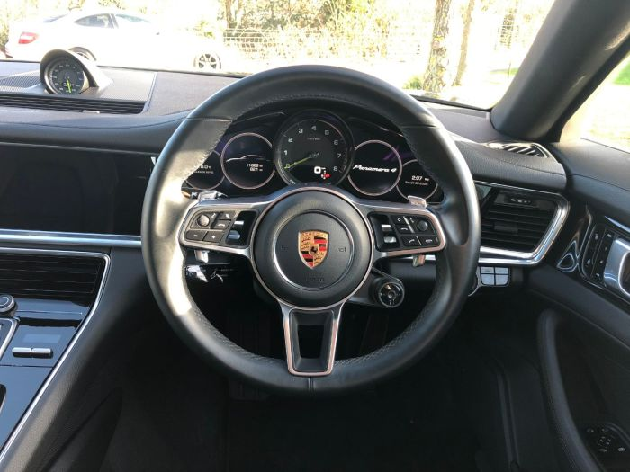 Porsche Panamera 2.9 V6 4 E-Hybrid 5dr PDK (21in 911 Turbos! Pan Roof! +++) Hatchback Petrol / Electric Hybrid Volcano Grey Metallic
