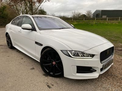 Jaguar XE 2.0d [180] R-Sport 4dr Auto (Adaptive Cruise! Pan Roof! +) Saloon Diesel Fuji WhiteJaguar XE 2.0d [180] R-Sport 4dr Auto (Adaptive Cruise! Pan Roof! +) Saloon Diesel Fuji White at Williams Group Maidstone