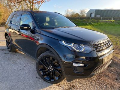 Land Rover Discovery Sport 2.0 TD4 180 HSE Luxury 5dr Auto (Privacy Glass! Pan Roof! +++) Estate Diesel Santorini Black MetallicLand Rover Discovery Sport 2.0 TD4 180 HSE Luxury 5dr Auto (Privacy Glass! Pan Roof! +++) Estate Diesel Santorini Black Metallic at Williams Group Maidstone