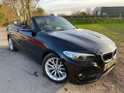 BMW 2 Series 1.5 218I SE AUTO (1 Owner! Nav! DAB! ++) Convertible Petrol Jet BlackBMW 2 Series 1.5 218I SE AUTO (1 Owner! Nav! DAB! ++) Convertible Petrol Jet Black at Williams Group Maidstone
