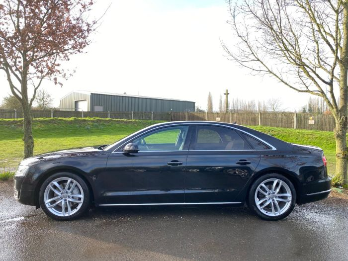 Audi A8 3.0 TDI Quattro Sport Executive 4dr Tip Auto (20in Alloys! Air Suspension! +) Saloon Diesel Phantom Black Pearl
