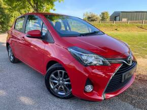 Toyota Yaris 1.33 VVT-i Icon 5dr (15in Alloys! Rear Camera! +++) Hatchback Petrol Chilli Red at Williams Group Ltd Maidstone