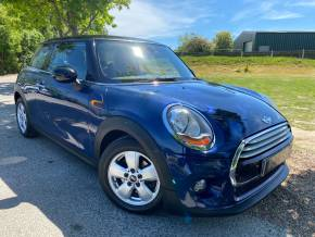 Mini Hatchback 1.5 Cooper 3dr Auto (Media Pack! PEPPER Pack! ++) Hatchback Petrol Deep Blue Metallic at Williams Group Ltd Maidstone