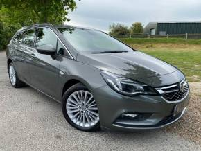 Vauxhall Astra 1.4T 16V 150 Elite Nav 5dr Auto (Parking Sensors! Low Miles! +++) Estate Petrol Cosmic Grey Metallic at Williams Group Ltd Maidstone