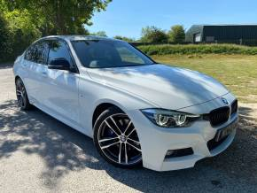 BMW 3 Series 2.0 320i M Sport Shadow Edition 4dr (Heated Seats! Rear Camera! ++) Saloon Petrol Alpine White at Williams Group Ltd Maidstone