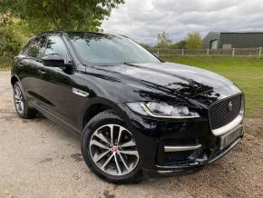 Jaguar F-pace 2.0d [163] R-Sport 5dr (Privacy Glass! Low Miles! +++) Estate Diesel Narvik Black at Williams Group Ltd Maidstone