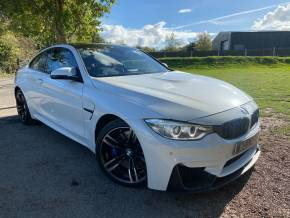 BMW M4 3.0 M4 2dr DCT (Head-Up Display! 19in Alloys! +) Coupe Petrol Mineral White Metallic at Williams Group Ltd Maidstone