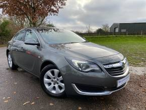 Vauxhall Insignia 1.4T Tech Line 5dr [Start Stop] (Parking Sensors! Sat Nav! ++) Hatchback Petrol Metallic Grey at Williams Group Ltd Maidstone