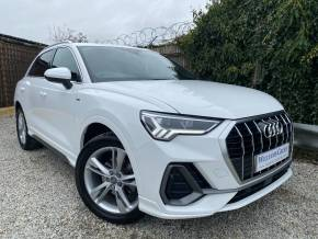 Audi Q3 1.5 35 TFSI S Line 5dr S Tronic (Nav! lane Departure Warning! ++) Estate Petrol Ibis White at Williams Group Ltd Maidstone