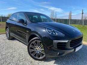 Porsche Cayenne 3.0 S Platinum Edition E-Hybrid 5dr Tiptronic S (21in Alloys! Pan Roof! +++) Estate Petrol / Electric Hybrid Jet Black Metallic at Williams Group Ltd Maidstone