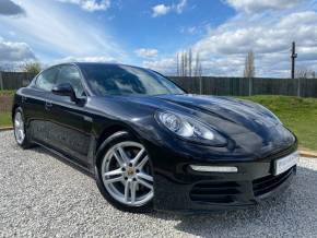 Porsche Panamera 3.6 V6 4 4dr PDK (19in Alloys! BOSE! Sunroof! ++) Hatchback Petrol Basalt Black Metallic at Williams Group Ltd Maidstone