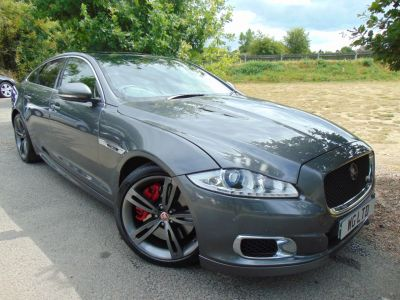 Jaguar Xj 5.0 V8 Supercharged XJR 4dr Auto (Low Miles! TV! Privacy Glass! ++) Saloon Petrol Ammonite GreyJaguar Xj 5.0 V8 Supercharged XJR 4dr Auto (Low Miles! TV! Privacy Glass! ++) Saloon Petrol Ammonite Grey at Williams Group Maidstone Maidstone