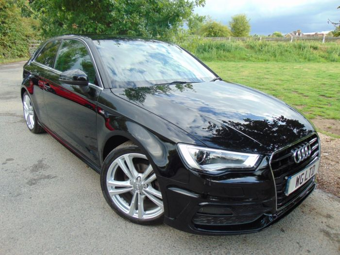 Audi A3 1.4 TFSI 150 S Line 3dr (Rear Sensors! Privacy Glass! ++) Hatchback Petrol Brilliant Black Gloss