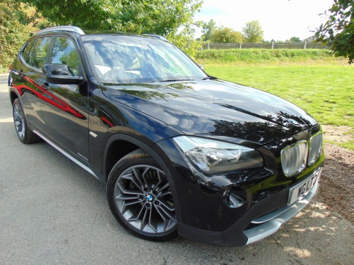 BMW X1 2.0 xDrive 23d SE 5dr Step Auto (Pro Nav! Design Pack! Pan Roof! +++) Estate Diesel Sapphire Black Metallic