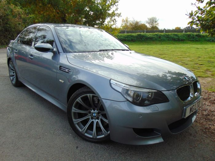 BMW M5 5.0 SMG 4dr (Memory Seats! Privacy Glass! ++) Saloon Petrol Silver Grey