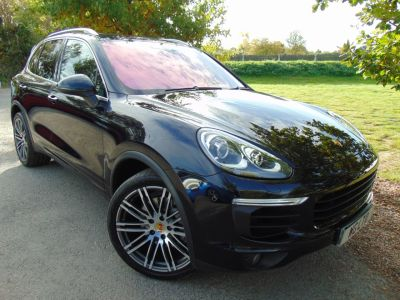 Porsche Cayenne 3.6 S Tiptronic S AWD 5dr (Over £17,200 Factory Upgrades! ++) MPV Petrol Moonlight Blue MetallicPorsche Cayenne 3.6 S Tiptronic S AWD 5dr (Over £17,200 Factory Upgrades! ++) MPV Petrol Moonlight Blue Metallic at Williams Group Maidstone