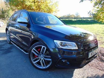 Audi Q5 3.0 SQ5 Quattro 5dr Tip Auto (Tech Pack! 21in Alloys! ++) Estate Diesel Moonlight Blue MetallicAudi Q5 3.0 SQ5 Quattro 5dr Tip Auto (Tech Pack! 21in Alloys! ++) Estate Diesel Moonlight Blue Metallic at Williams Group Maidstone