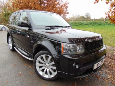 Land Rover Range Rover 3.0 TD V6 Autobiography Sport 5dr (Sunroof! TV! Adaptive Cruise! ++) Estate Diesel Santorini Black MetallicLand Rover Range Rover 3.0 TD V6 Autobiography Sport 5dr (Sunroof! TV! Adaptive Cruise! ++) Estate Diesel Santorini Black Metallic at Williams Group Maidstone