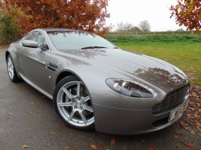 Aston Martin Vantage 4.3 V8 2dr (Full Aston SH! Nav! Heated Seats! ++) Coupe Petrol Tungsten Silver MetallicAston Martin Vantage 4.3 V8 2dr (Full Aston SH! Nav! Heated Seats! ++) Coupe Petrol Tungsten Silver Metallic at Williams Group Maidstone