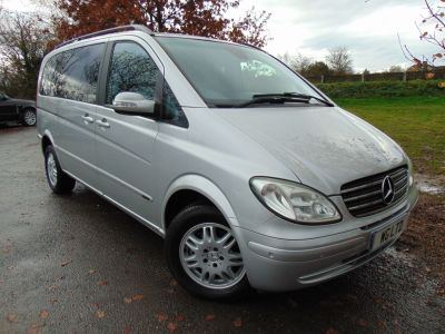 Mercedes-Benz Viano 2.2 CDI Ambiente 5dr [150] Tip Auto (Privacy Glass! Electric Doors! ++) MPV Diesel SilverMercedes-Benz Viano 2.2 CDI Ambiente 5dr [150] Tip Auto (Privacy Glass! Electric Doors! ++) MPV Diesel Silver at Williams Group Maidstone
