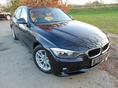 BMW 3 Series 2.0 320d EfficientDynamics Business 4dr (Heated Seats! Sat Nav! +++) Saloon Diesel BlackBMW 3 Series 2.0 320d EfficientDynamics Business 4dr (Heated Seats! Sat Nav! +++) Saloon Diesel Black at Williams Group Maidstone