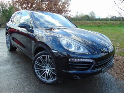 Porsche Cayenne 3.0 Diesel [245] 5dr Tiptronic S (PCM Nav! BOSE! Pan Roof! +++) Estate Diesel Jet Black MetallicPorsche Cayenne 3.0 Diesel [245] 5dr Tiptronic S (PCM Nav! BOSE! Pan Roof! +++) Estate Diesel Jet Black Metallic at Williams Group Maidstone