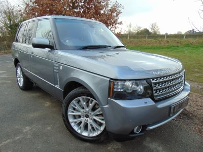 Land Rover Range Rover 4.4 TDV8 Westminster 4dr Auto (FSH! 4-Zone Climate! TV! ++) Estate Diesel Indus Grey MetallicLand Rover Range Rover 4.4 TDV8 Westminster 4dr Auto (FSH! 4-Zone Climate! TV! ++) Estate Diesel Indus Grey Metallic at Williams Group Maidstone