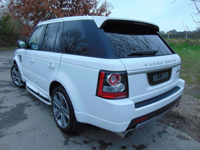 Land Rover Range Rover Sport 5.0 V8 S/C Autobiography Sport 5dr CommandShift (Rear Entertainment! Sunroof! ++) Estate Petrol Fuji White