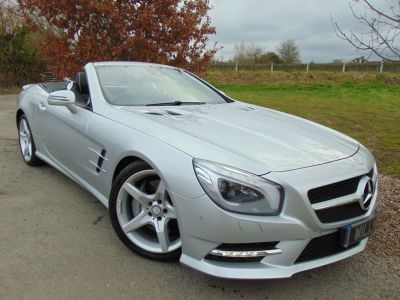 Mercedes-Benz SL Class 4.7 SL 500 AMG Sport 2dr Auto (Harman Kardon! Pan Roof! +++) Convertible Petrol Iridium Silver MetallicMercedes-Benz SL Class 4.7 SL 500 AMG Sport 2dr Auto (Harman Kardon! Pan Roof! +++) Convertible Petrol Iridium Silver Metallic at Williams Group Maidstone