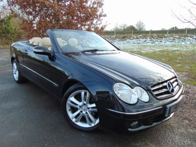 Mercedes-Benz CLK 3.0 280 Avantgarde 2dr Tip Auto (COMAND APS! Leather! +++) Convertible Petrol Obsidian Black MetallicMercedes-Benz CLK 3.0 280 Avantgarde 2dr Tip Auto (COMAND APS! Leather! +++) Convertible Petrol Obsidian Black Metallic at Williams Group Maidstone