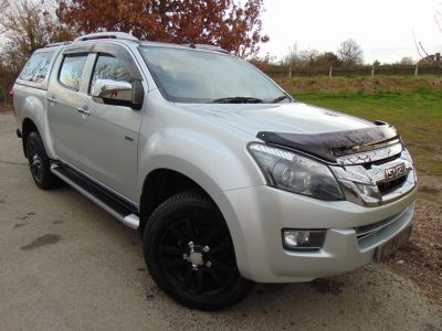 Isuzu D-Max 2.5TD Utah Double Cab 4x4 Auto [Vision Pack] (Low Miles! FSH! Rear Camera! ++) Pick Up Diesel SilverIsuzu D-Max 2.5TD Utah Double Cab 4x4 Auto [Vision Pack] (Low Miles! FSH! Rear Camera! ++) Pick Up Diesel Silver at Williams Group Maidstone