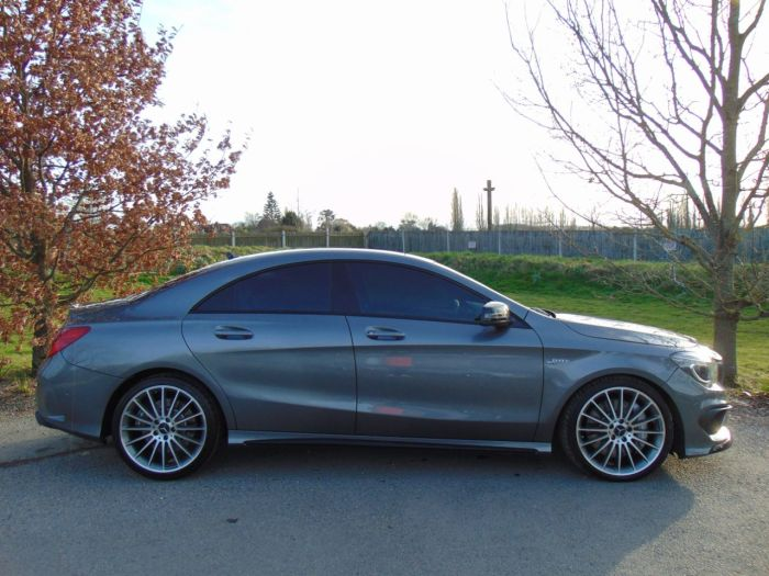 Mercedes-Benz Cla Class 2.0 CLA 45 4Matic 4dr Tip Auto (AMG Exclusive Pack! Memory Pack! +) Saloon Petrol Mountain Grey Metallic
