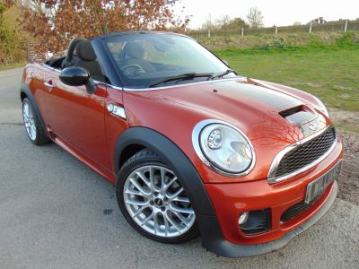 Mini Roadster 1.6 Cooper S 2dr Auto (Low Miles! Sport+Vision Pack! +) Convertible Petrol Spice Orange MetallicMini Roadster 1.6 Cooper S 2dr Auto (Low Miles! Sport+Vision Pack! +) Convertible Petrol Spice Orange Metallic at Williams Group Maidstone