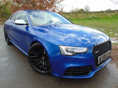 Audi RS5 4.2 FSI Quattro 2dr S Tronic (Sports Exhaust! Special Paint! ++) Coupe Petrol Special Sepang Blue PearlescnetAudi RS5 4.2 FSI Quattro 2dr S Tronic (Sports Exhaust! Special Paint! ++) Coupe Petrol Special Sepang Blue Pearlescnet at Williams Group Maidstone