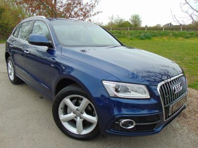 Audi Q5 2.0 TDI [190] Quattro S Line 5dr (Tech Pack! FASH! Low Miles! ++) Estate Diesel Scuba Blue MetallicAudi Q5 2.0 TDI [190] Quattro S Line 5dr (Tech Pack! FASH! Low Miles! ++) Estate Diesel Scuba Blue Metallic at Williams Group Maidstone