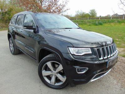 Jeep Grand Cherokee 3.0 CRD Overland 5dr Auto (Adv Safety Group! Huge Spec! +) Estate Diesel Black MetallicJeep Grand Cherokee 3.0 CRD Overland 5dr Auto (Adv Safety Group! Huge Spec! +) Estate Diesel Black Metallic at Williams Group Maidstone