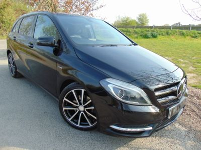 Mercedes-Benz B Class 1.6 B180 BlueEFFICIENCY Sport 5dr (Full Merc SH! Sat Nav! ++) MPV Petrol Cosmos Black MetallicMercedes-Benz B Class 1.6 B180 BlueEFFICIENCY Sport 5dr (Full Merc SH! Sat Nav! ++) MPV Petrol Cosmos Black Metallic at Williams Group Maidstone