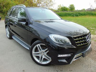 Mercedes-Benz M Class 3.0 ML350 CDi BlueTEC AMG Line 5dr Auto [Premium Plus] (Sport pack! Pan Roof! ++) Estate Diesel Obsidian Black MetallicMercedes-Benz M Class 3.0 ML350 CDi BlueTEC AMG Line 5dr Auto [Premium Plus] (Sport pack! Pan Roof! ++) Estate Diesel Obsidian Black Metallic at Williams Group Maidstone