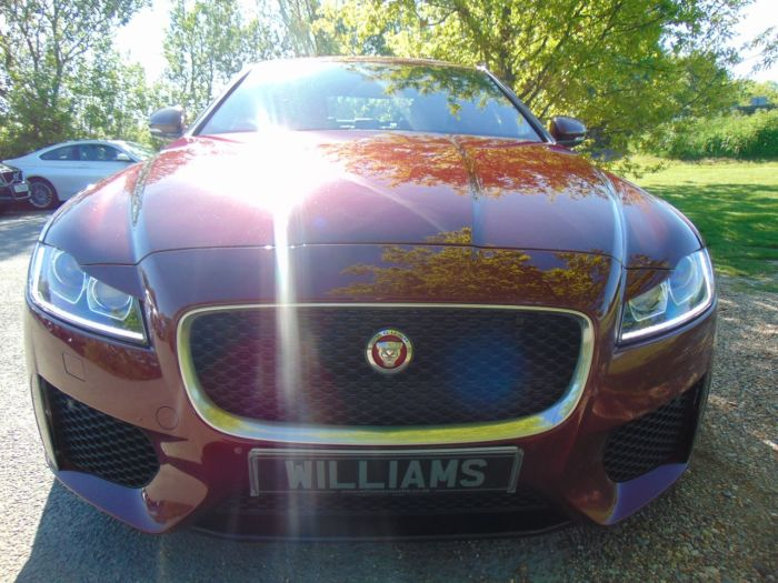 Jaguar XF 3.0d V6 S 4dr Auto (Full Jag SH! Suede Headlining! +) Saloon Diesel Rossello Red Metallic