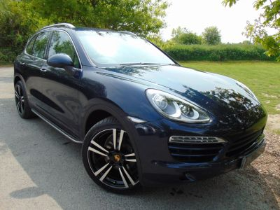 Porsche Cayenne 3.0 Diesel [245] 5dr Tiptronic S (PCM Nav! Pan Roof! 21in Alloys!+) Estate Diesel Dark Blue MetallicPorsche Cayenne 3.0 Diesel [245] 5dr Tiptronic S (PCM Nav! Pan Roof! 21in Alloys!+) Estate Diesel Dark Blue Metallic at Williams Group Maidstone