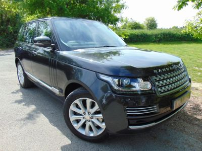 Land Rover Range Rover 4.4 SDV8 Vogue SE 4dr Auto (Pan Roof! Huge Spec! FLRSH! ++) Estate Diesel Causeway Grey Premium MetallicLand Rover Range Rover 4.4 SDV8 Vogue SE 4dr Auto (Pan Roof! Huge Spec! FLRSH! ++) Estate Diesel Causeway Grey Premium Metallic at Williams Group Maidstone