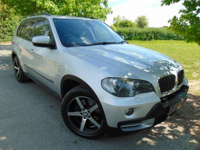 BMW X5 2.5 3.0d SE 5dr Auto (Rear Entertainment! +++) Estate Diesel Titanium Silver MetallicBMW X5 2.5 3.0d SE 5dr Auto (Rear Entertainment! +++) Estate Diesel Titanium Silver Metallic at Williams Group Maidstone