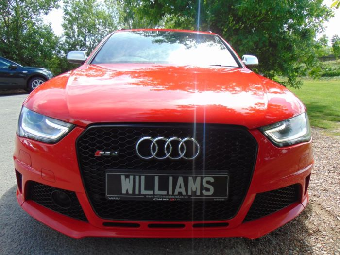 Audi RS4 4.2 FSI Quattro 5dr S Tronic (Sports Pack! Pan Roof! ACC! ++) Estate Petrol Misano Red Pearl