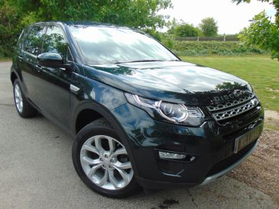 Land Rover Discovery Sport 2.0 TD4 180 HSE 5dr (Pan Roof! Full Land Rover SH! ++) Estate Diesel Aintree Green MetallicLand Rover Discovery Sport 2.0 TD4 180 HSE 5dr (Pan Roof! Full Land Rover SH! ++) Estate Diesel Aintree Green Metallic at Williams Group Maidstone