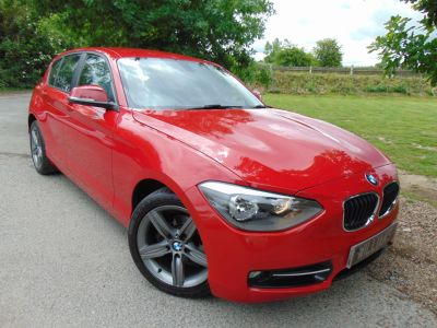 BMW 1 Series 1.6 116i Sport 5dr (Full BMW SH! Auto Wipers! ++) Hatchback Petrol Crimson RedBMW 1 Series 1.6 116i Sport 5dr (Full BMW SH! Auto Wipers! ++) Hatchback Petrol Crimson Red at Williams Group Maidstone