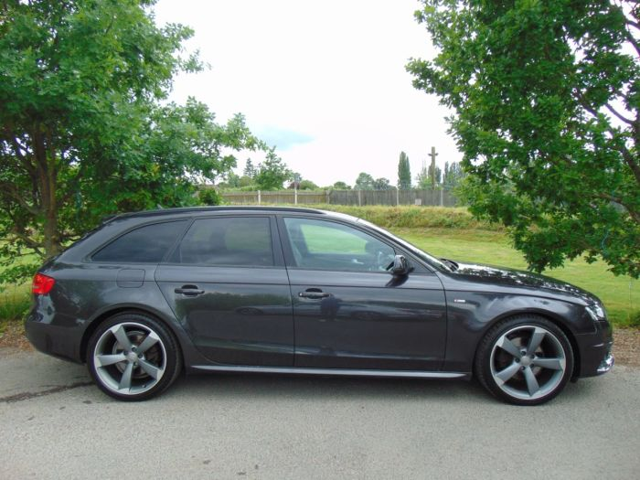 Audi A4 2.0 TDI Quattro 170 Black Edition 5dr [SS] (Tech Pack! Bang+Olufsen! +++) Estate Diesel Grey Pearl