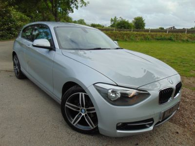 BMW 1 Series 2.0 116d Sport 3dr (FSH! Driver Comfort Pack! +++) Hatchback Diesel Glacier Silver MetallicBMW 1 Series 2.0 116d Sport 3dr (FSH! Driver Comfort Pack! +++) Hatchback Diesel Glacier Silver Metallic at Williams Group Maidstone